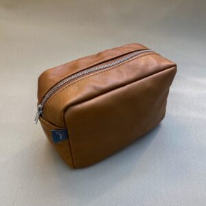 MAKE-UP BAG COGNAC